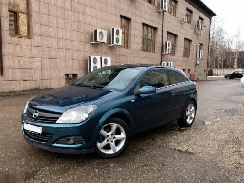 Opel Astra GTC, 2006