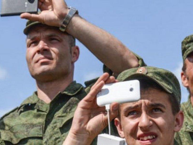Российским военнослужащим и призывникам запретили пользоваться гаджетами