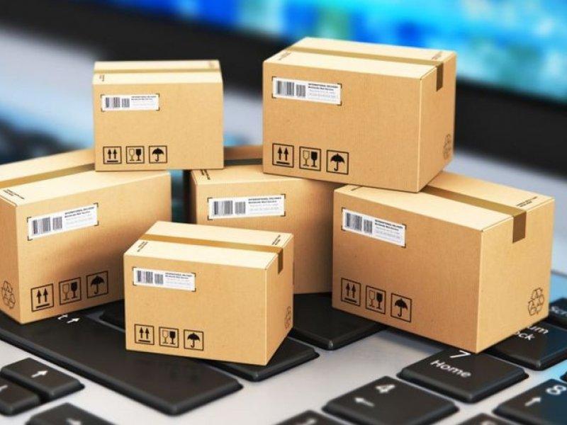 В России зарубежные посылки предлагают обложить единым налогом