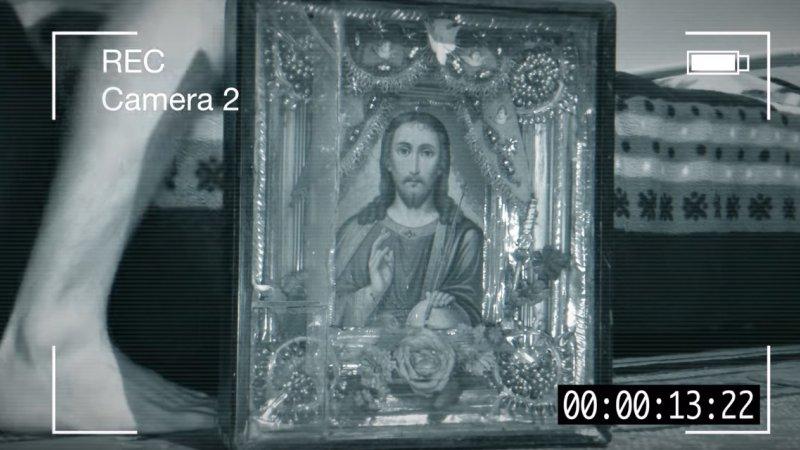 Оставил камеры в паранормальной квартире  Видео Мистика