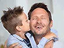Сегодня - Международный день отца