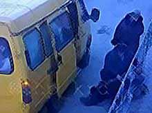 В Тимашевске водитель маршрутки высадил женщину на дорогу,не оказав ей помощь