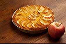 Осенние рецепты: пирог с яблоками и орехами