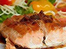 Стейки из рыбы с помидорами