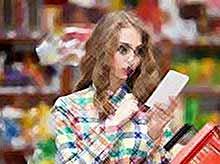Каждый четвертый россиянин экономит на одежде и отдыхе