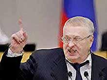 Жириновский нашел эффективный способ удержать россиян на родине