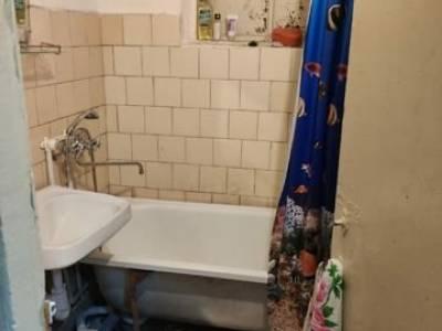 Продается 2-комнатная квартира, 41 м2, 1/3 этаж