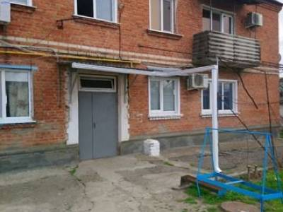 Продается 3-комнатная квартира, 43 м2, 1/2 этаж