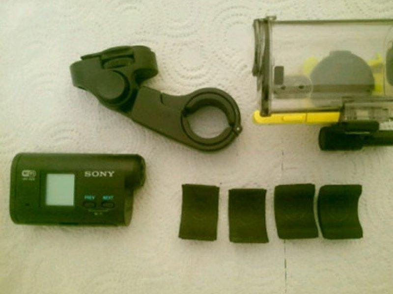 Экшен камера Sony HDR-AS20