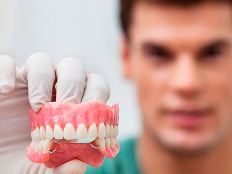 Современные зубные протезы