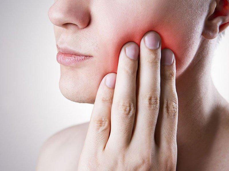 Стоматологические симптомы
