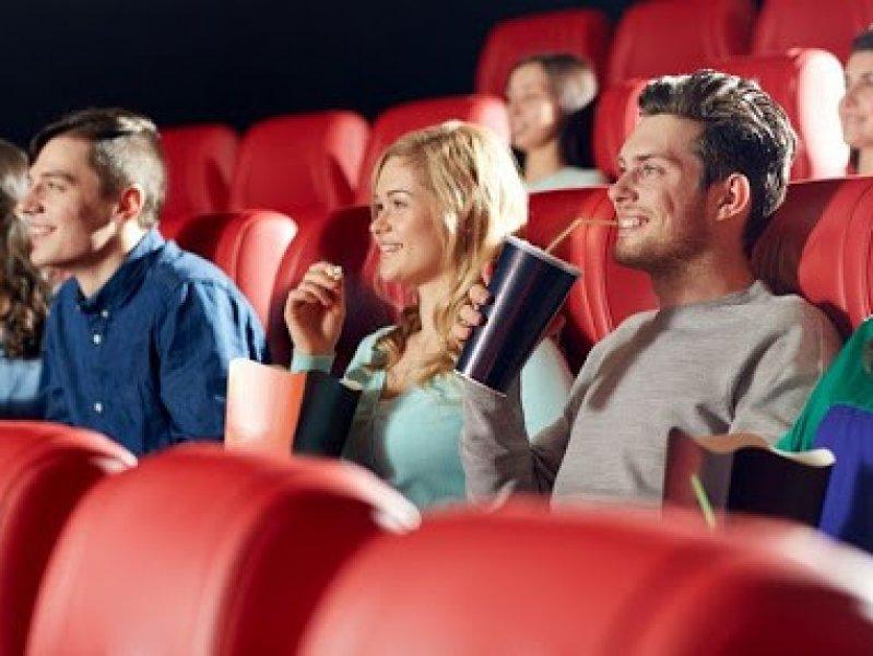 Названа дата открытия всех кинотеатров в России
