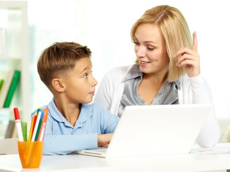 В России родителям предлагают дать оплачиваемый отпуск на время школьных каникул