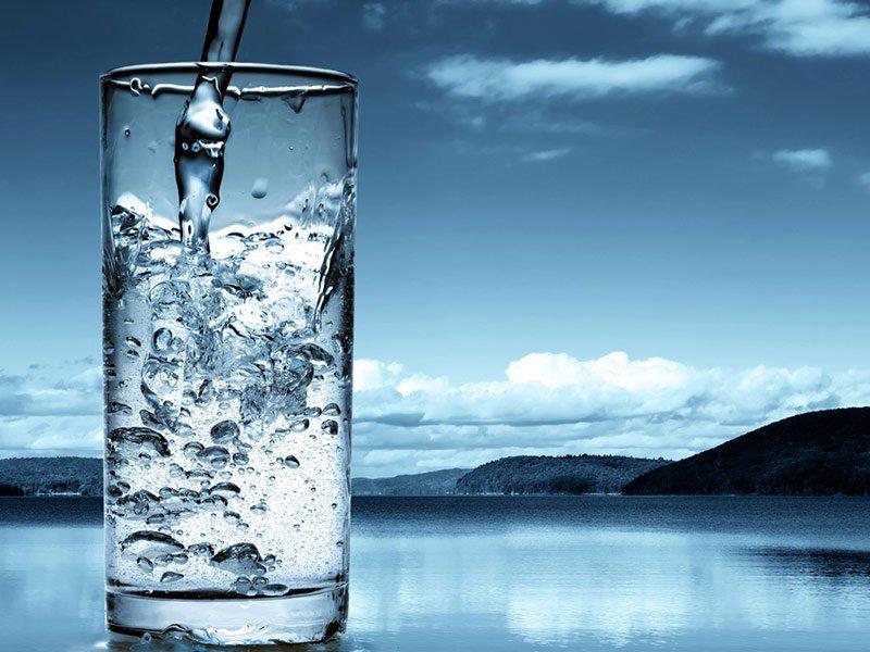 О чистой воде: польза и дневная норма