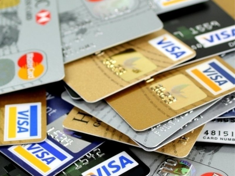 В Сбербанке рассказали  как мошенники могут получить данные банковских карт россиян