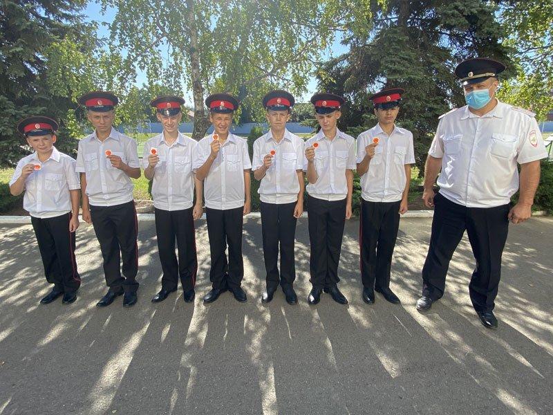 Сотрудники ГАИ поздравили школьников с 1 сентября