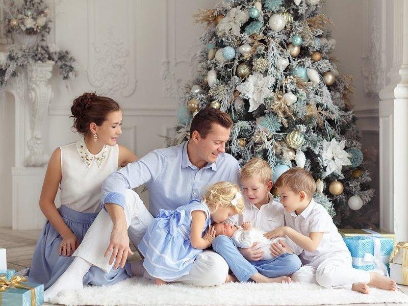 Кто и как  получит выплату на детей к Новому году?