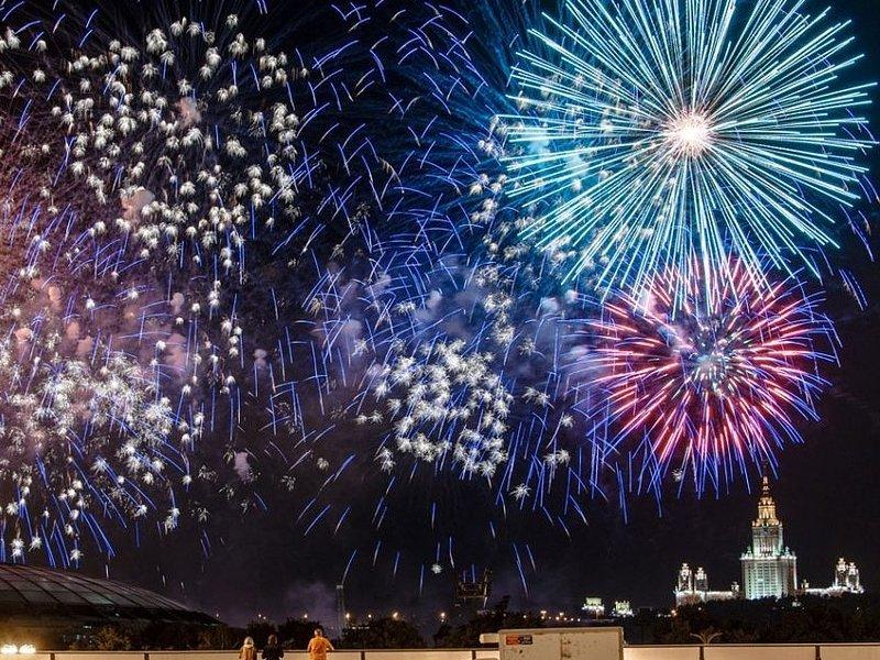 В России могут отменить несколько профессиональных праздников