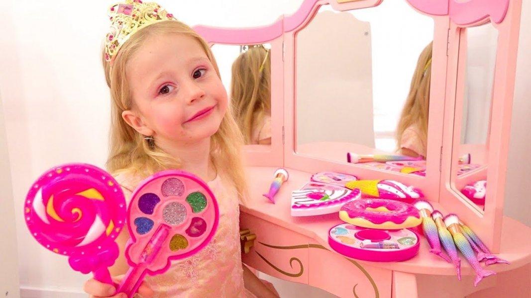 Пятилетняя девочка из Краснодара вошла в ТОП-3 самых высокооплачиваемых YouTube-блогеров