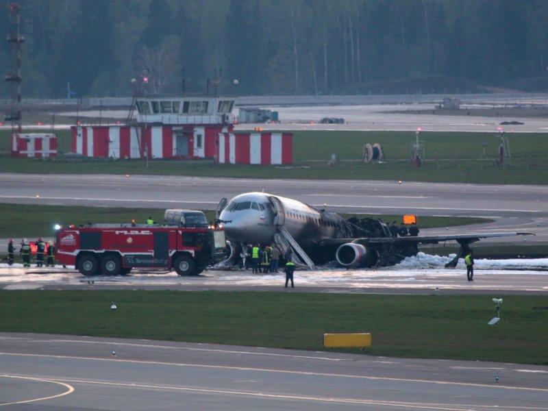 В России требуют отказаться от использования самолетов SSJ-100