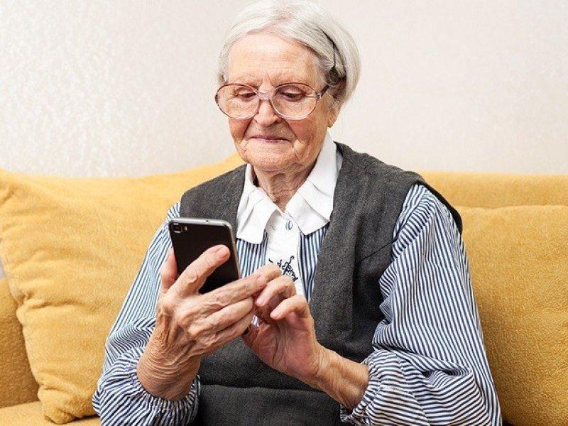 В Краснодарском крае открыта горячая линия для оказания помощи пожилым людям