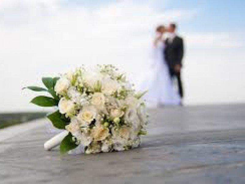 Россияне стали в пять раз реже вступать в брак