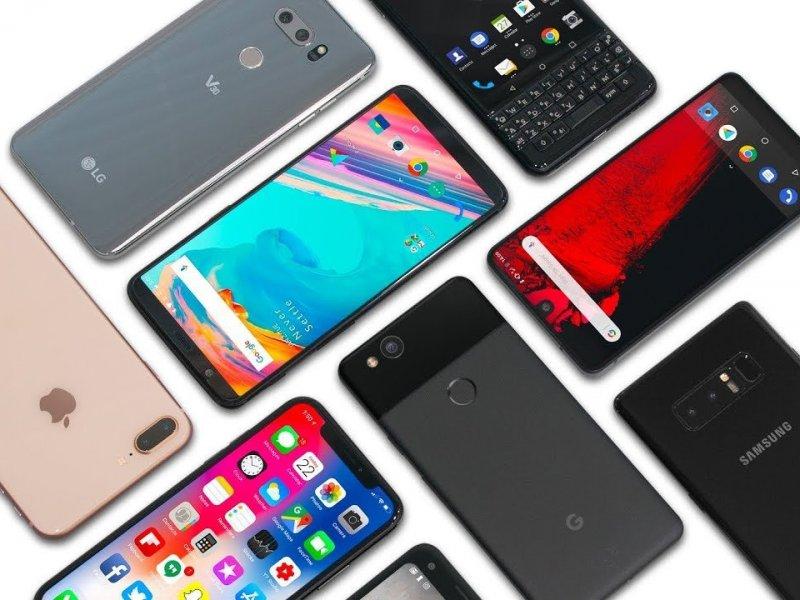Кубанский чиновник купил на бюджетные деньги смартфоны на 1,5 млн рублей