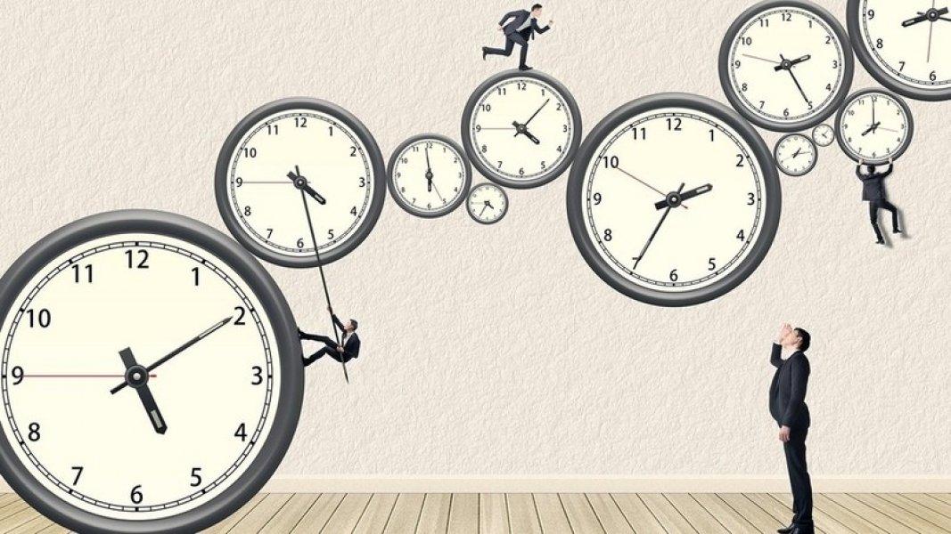 Ученые выяснили почему с возрастом время «летит» быстрее