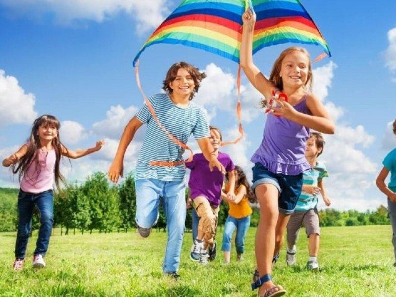 Советы доктора Комаровского: как лучше отдыхать детям летом