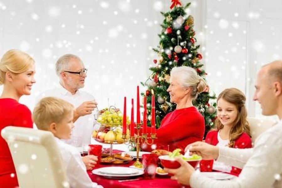 Диетологи рассказали, как не поправиться в новогодние праздники