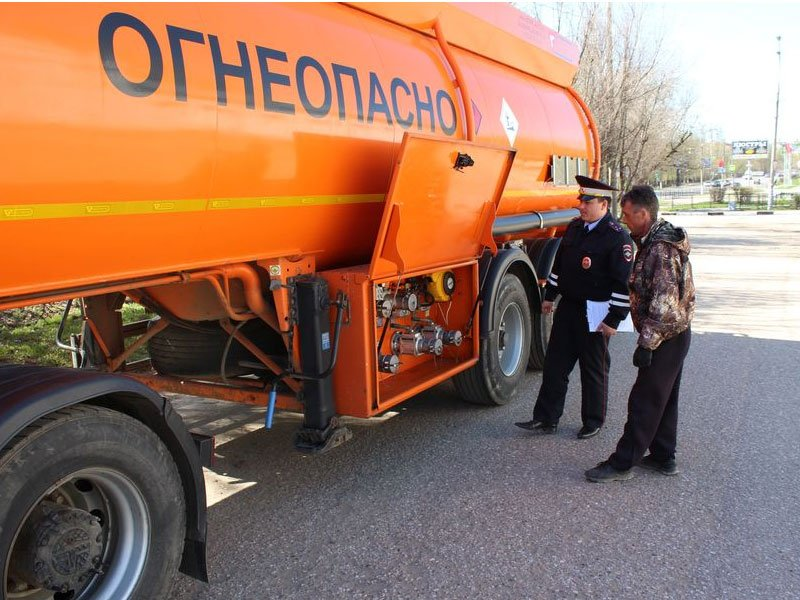 Рейды по проверке технического состояния грузового транспорта