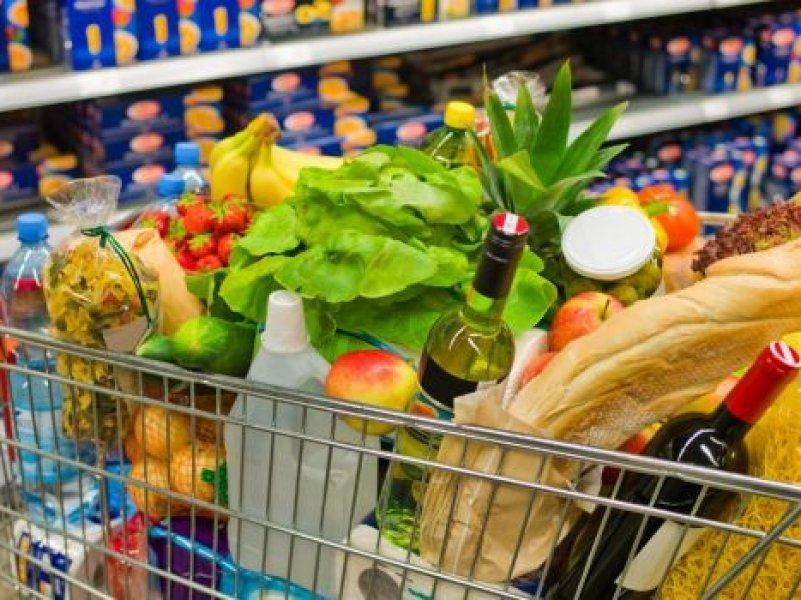 Россияне смогут купить продукты в кредит
