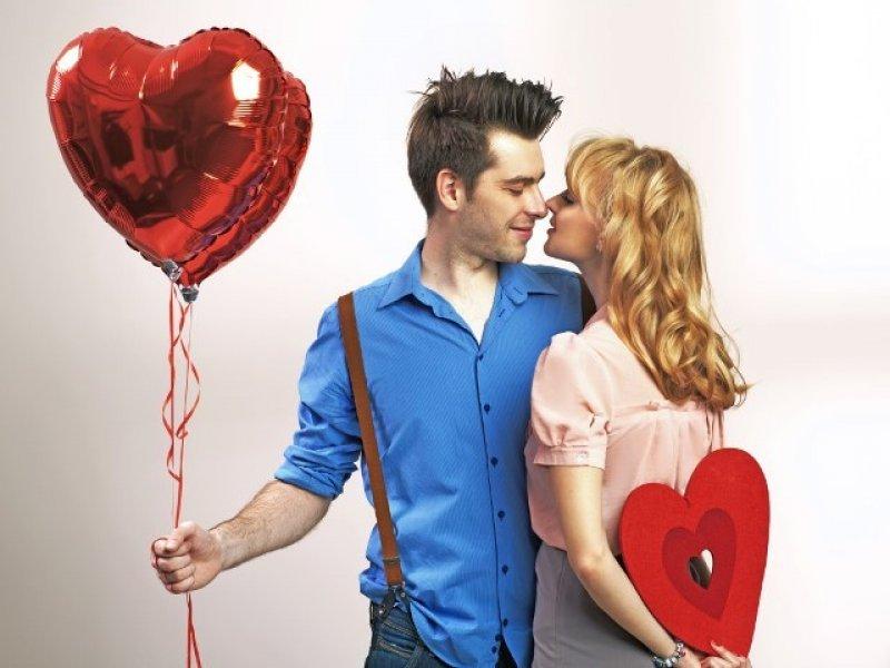 Cколько готовы потратить на подарки ко Дню святого Валентина женатые и холостые мужчины