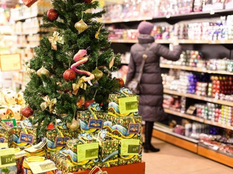 Россияне стали больше тратить в новогодние праздники