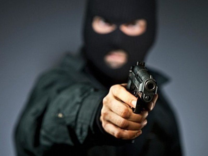 В Краснодарском крае вооруженные люди напали на завод ,есть раненые