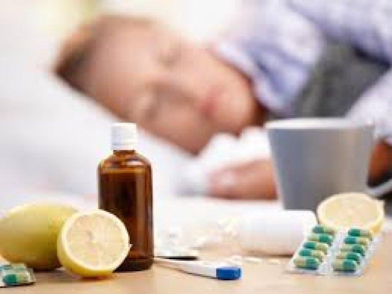 Доктор Рошаль советует россиянам сейчас больше бояться гриппа, чем коронавируса
