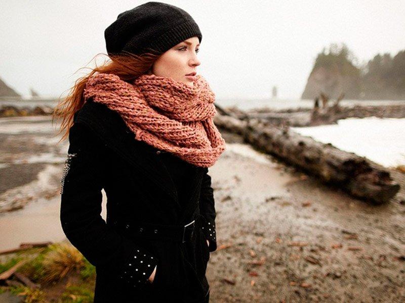 Накинутый в последний момент шарф спас британку от смерти