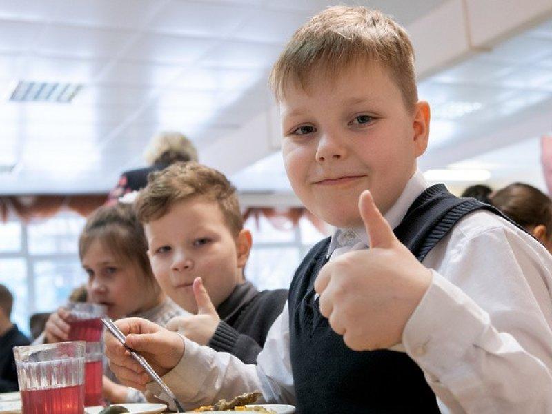 Губернатор Кубани поручил решить вопрос поставок в детские учреждения местной продукции