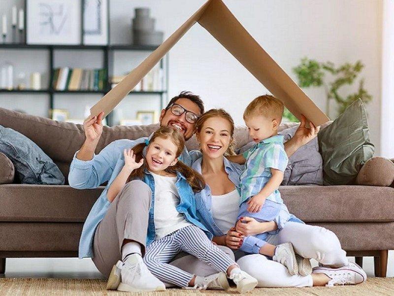 Для семей, усыновивших ребенка предлагают снизить ставку по ипотеке