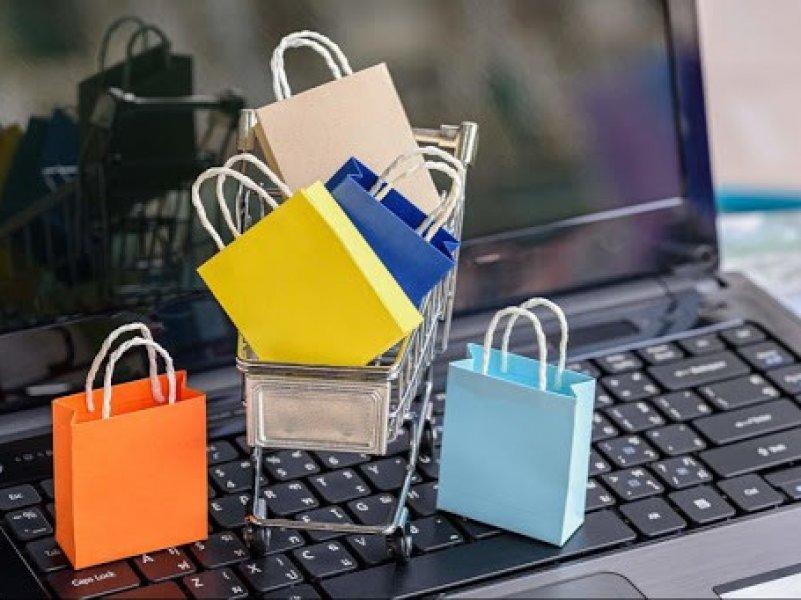 В России почти в полтора раза вырос оборот онлайн-торговли