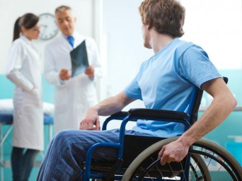 В Минтруде хотят упростить процедуру признания инвалидом