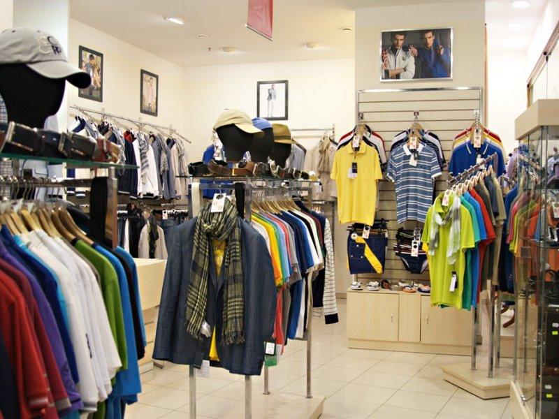В России могут закрыться до 50% магазинов одежды