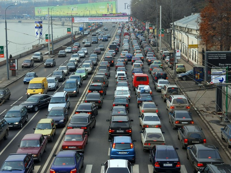 В России автомобили  оснастят датчиками оповещения о нарушении ПДД