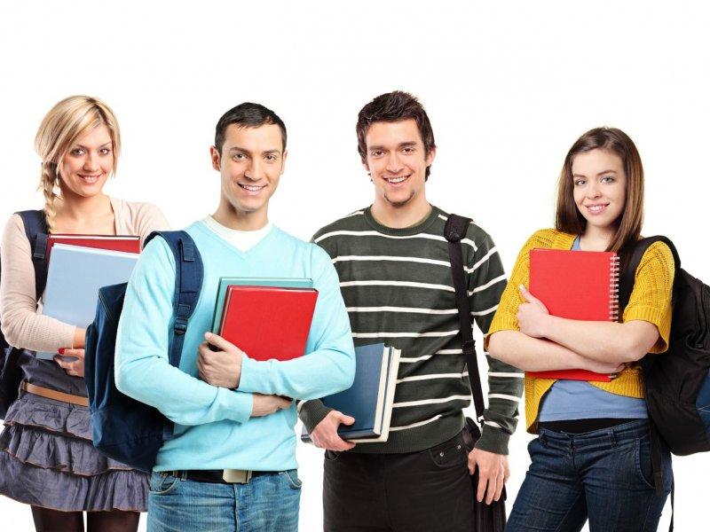 В России предлагают повысить возраст студентов-бюджетников до 35 лет