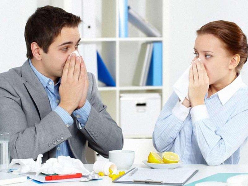 Почему нельзя ходить на работу больным