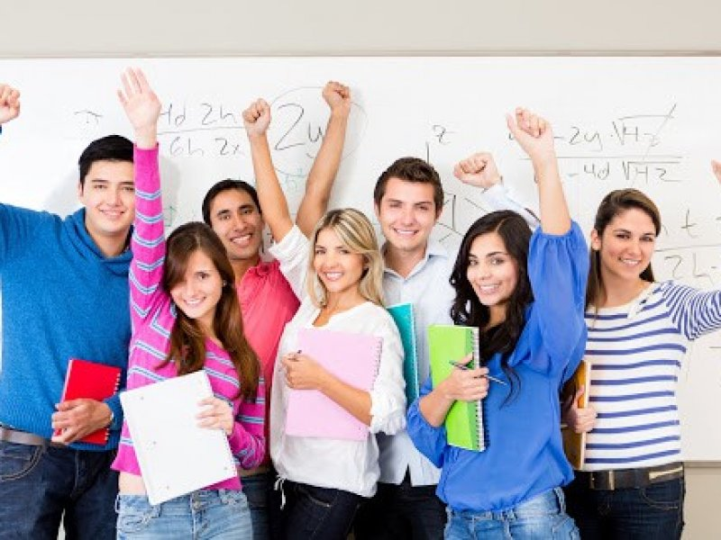 В вузы России в новом учебном году поступят более миллиона студентов