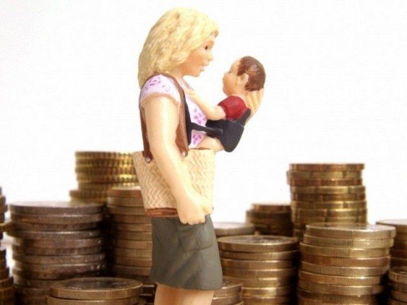 Материнский капитал в России будут повышать ежегодно