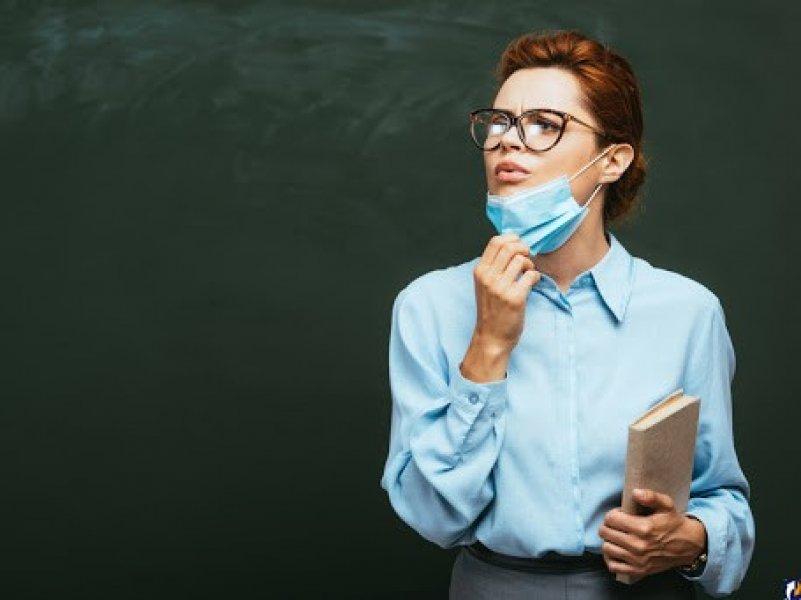 В России учителей в школах обяжут носить маски в новом учебном году