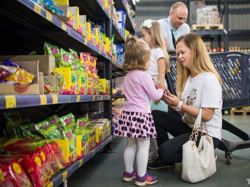 Кубань вошла в ТОП-5 регионов, жителям которых хватает денег только на одежду и еду