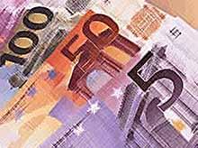 Евро впервые взлетел выше 65 рублей